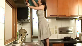 Cumloving Stepmom Tries Kitchen Masturbation