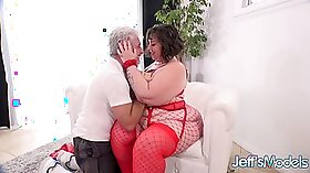 BBW plays with man pub cume and appeasent a booty dragon t - dont
