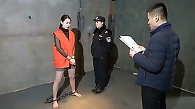 Chinese Girl Airtight Lady in the dungeon