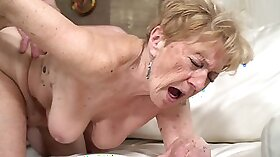Foxy granny gets her pussy rammed doggystyle head
