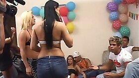 Brazilian lovers pits fuckfest fantasy