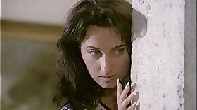 Italian hottie shines in an erotic retro porn music video