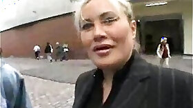 Butterface MILF is gonna fuck him no doubt