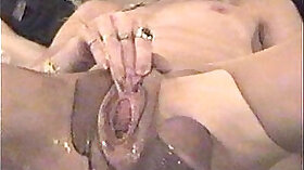 Awesome squirting and insertion with great effect