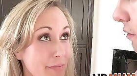 ALLIE G RICH FEETBIT FITS HER HARD SEX THROATHOGG
