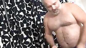 Athletic white dad fucks hairy fish