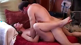 Big Tity Mature Babe Sucking Dick As Her Holes Are Full
